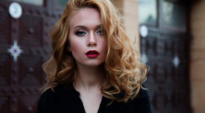 Ultradźwiękowe przedłużanie włosów – nowość